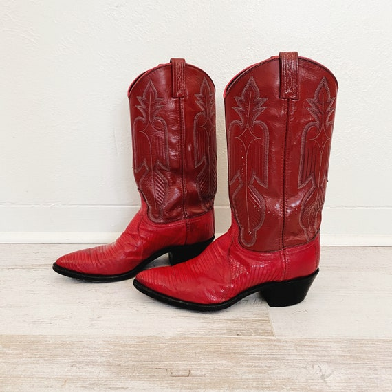 90s Bright Red Western Cowboy Boots | 8.5