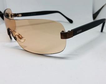09c04f7682f286 Guess lunettes de soleil vintage