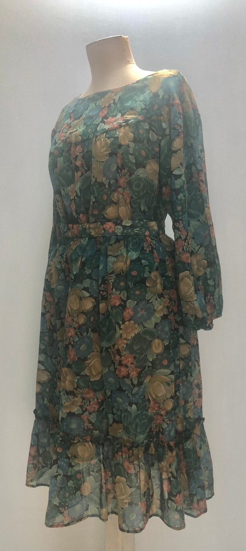 60s green floral skirt and blouse
