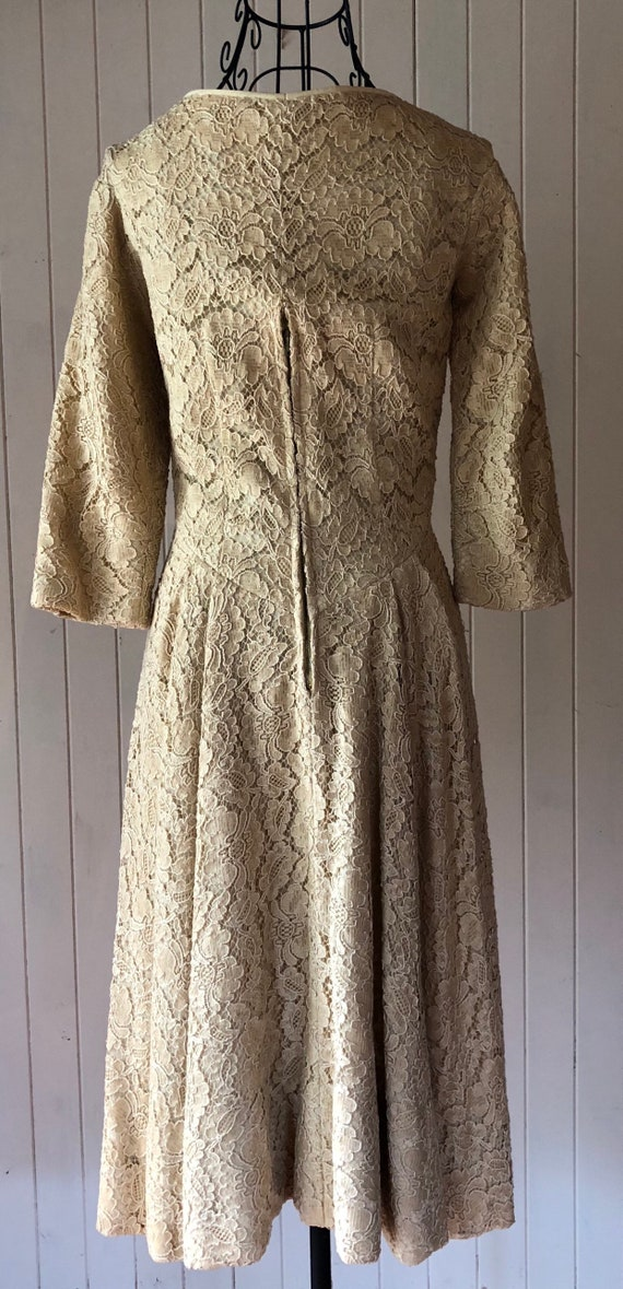 60s Cream lace dress with metal zipper - image 6