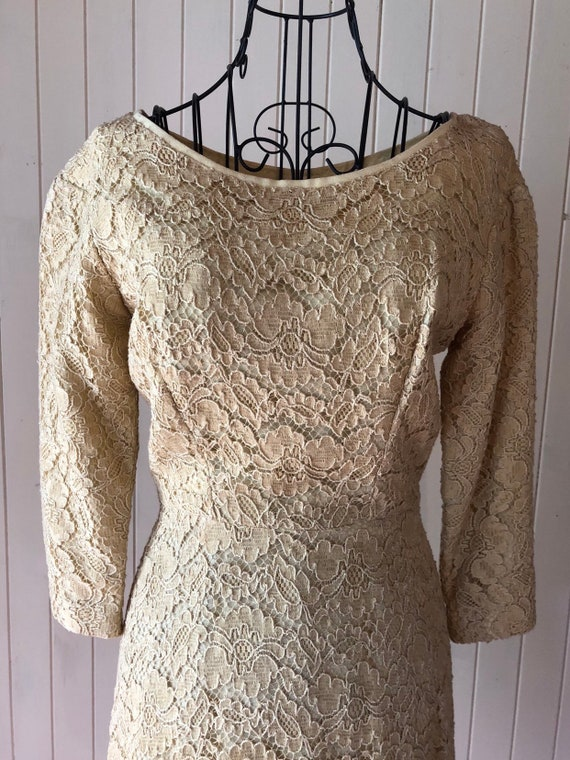 60s Cream lace dress with metal zipper - image 5