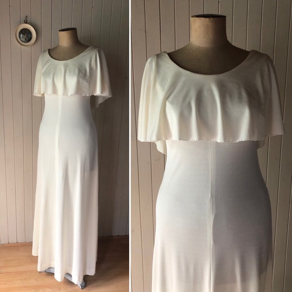 Vintage 1970s cream maxi dress.  With capelet.  Fe