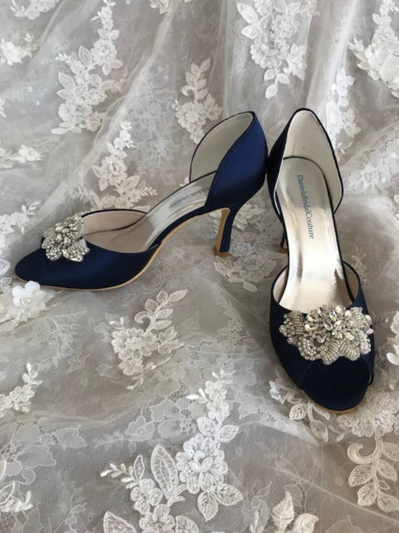 Beaded slip-on classic wedding shoes with silver color image 0