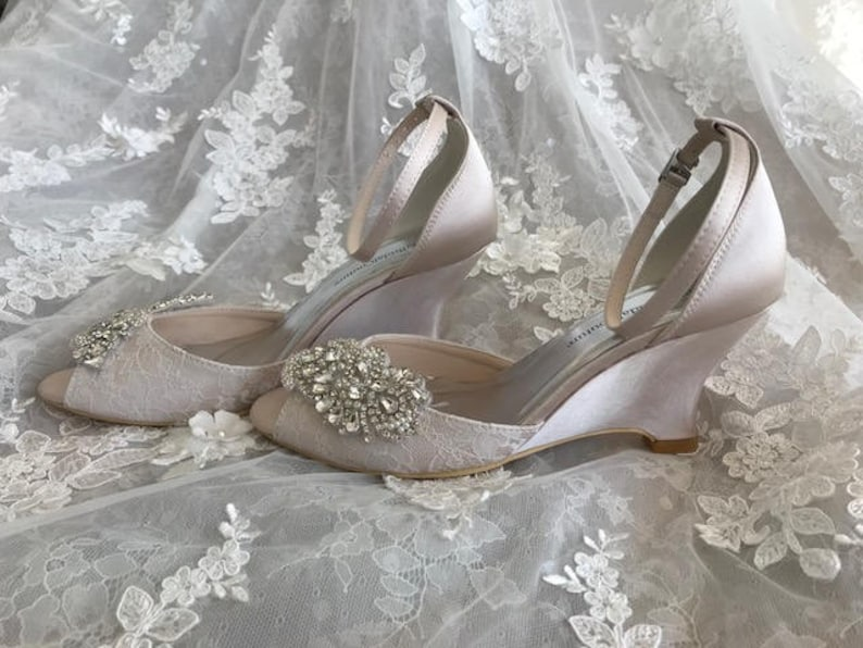 Wedge heel wedding shoes beaded sandals with silver color image 0