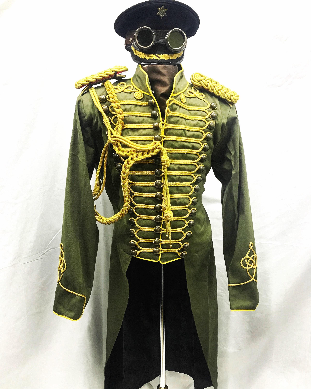 5 pcs tenue tenue tenue militaire l'armée d'Olivier avec de l'or tresse Hussar veste avec Aiguillette, épaulettes & armée hat avec coffre Goggles.size 44/46