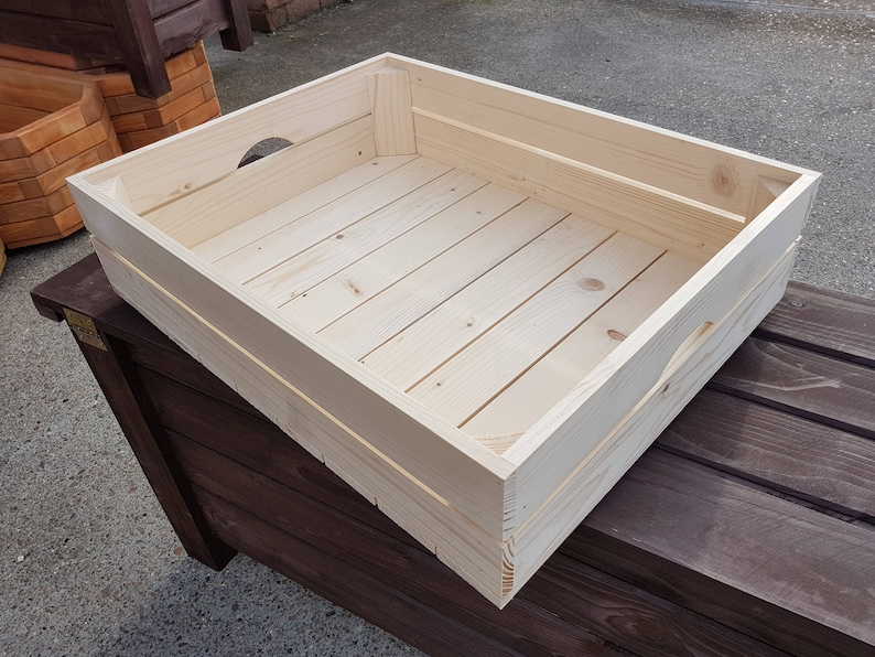 Good quality Wooden Crate 50x39x13cm Made of Natural Wood for Fruits or Vegetables