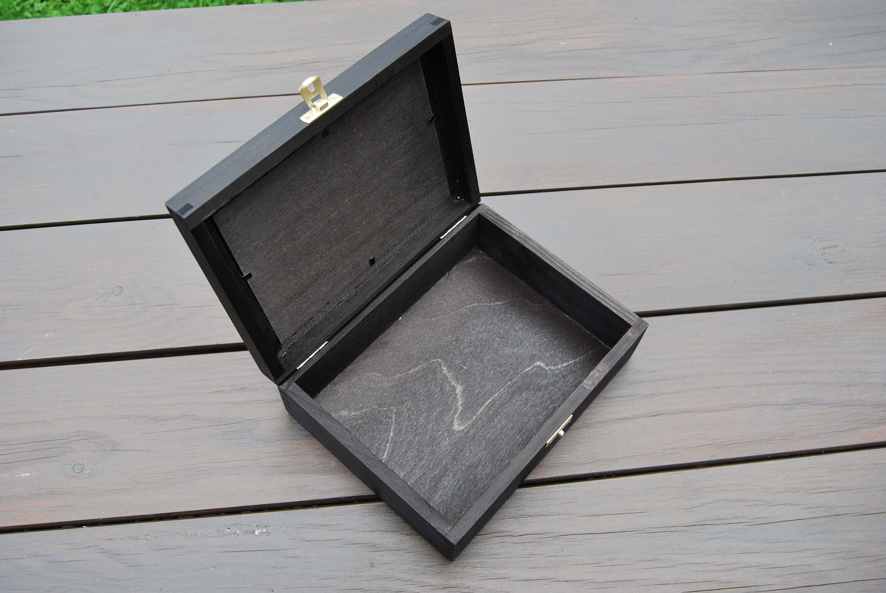 Wooden Box With Frame 4x 6 For Photo At The Top In Ebony Color