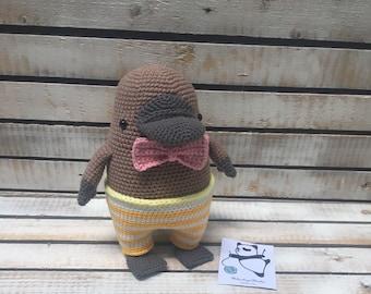 Knitted toy platypus /amigurumi/amigurumi platypus/platypus/toy platypus/knitted platypus/knit toy/platypus toy/knit toys/knitted toys