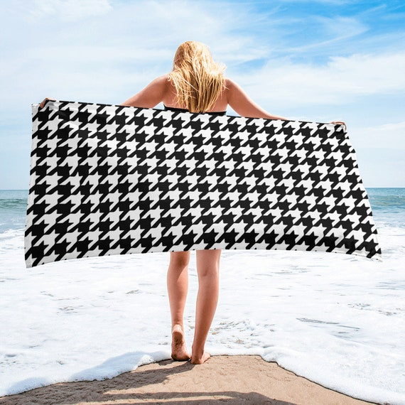 Houndstooth Beach Towel Beach Blanket Aesthetic Clothing Beach Etsy