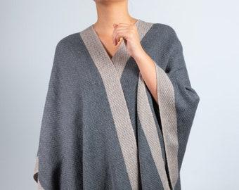 PONCHO   100 % laine d alpaga pour bébé   à la main de tricoter étole  écharpe pashmina   nid d abeilles 3cfbe7d9bf89