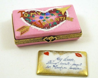 Authentic French Porcelain Hand Painted Limoges Box Doctor/'s Bag with Removable Medical Book and Stethoscope
