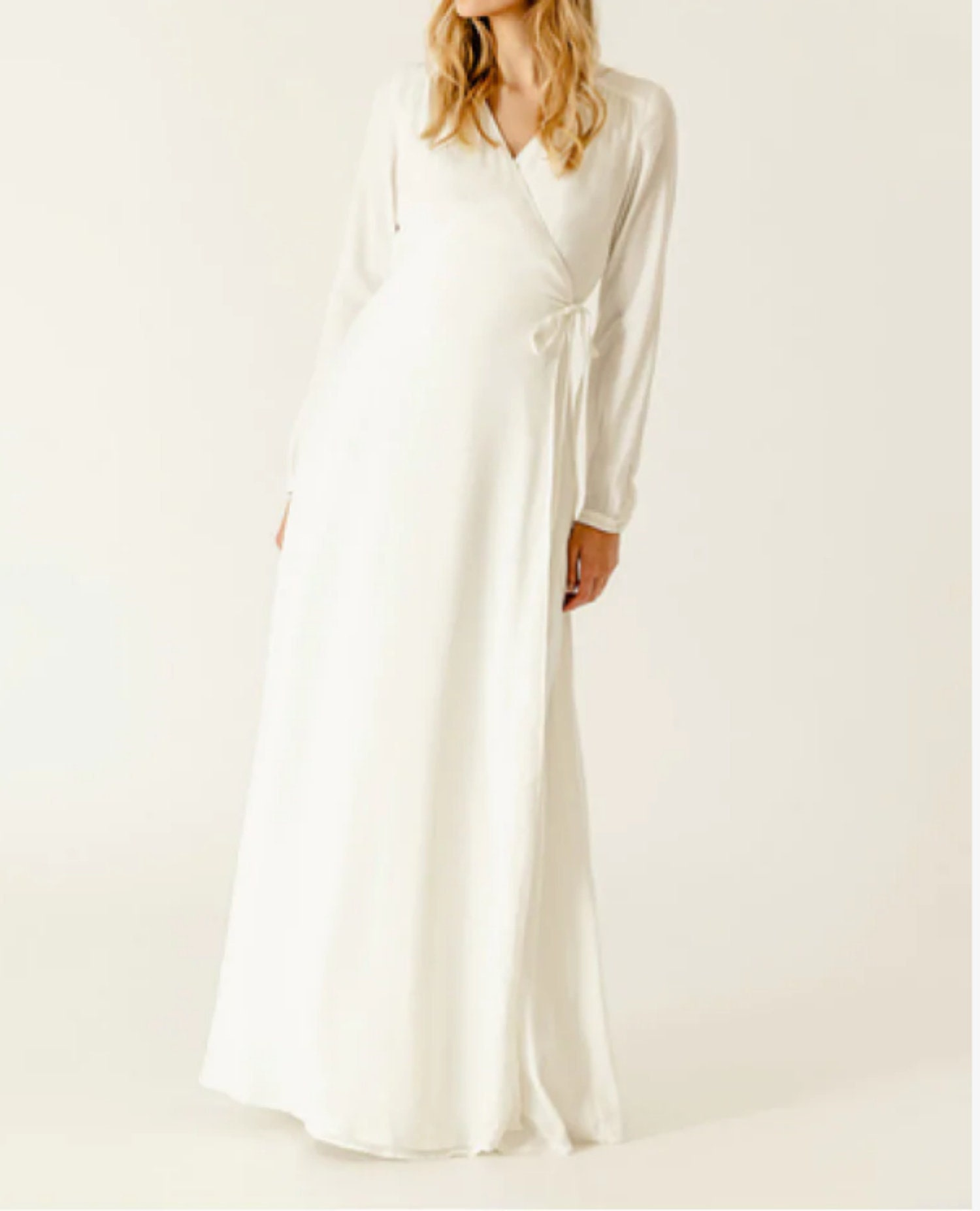 ac18f0ae530 Modest White Dresses For Graduation