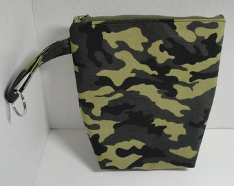b931ffad4c Cosmetic green and black camouflage Zippered Makeup Toiletry bag