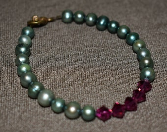 Teal Shell and Pink Swarovski Crystal Beaded Bracelet