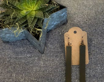 """3"""" olive green leather drop bar earring"""