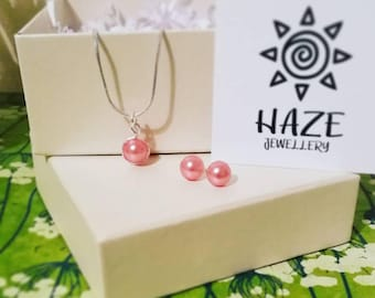 Pink pearl jewellery set