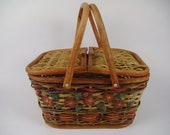 Vintage woven rattan trunk, Retro wicker suitcase, Rattan storage lidded box, French woven basket, Wicker picnic basket, Rattan vanity