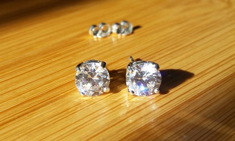 Natural Zircon 7mm earrings premium basket setting