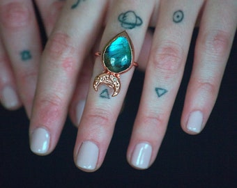 Labradorite Ring Moon Ring Witch Ring Blue Stone Ring Teardrop Ring Crescent Moon Ring Electroformed Ring Copper Ring Gift for Mom Boho