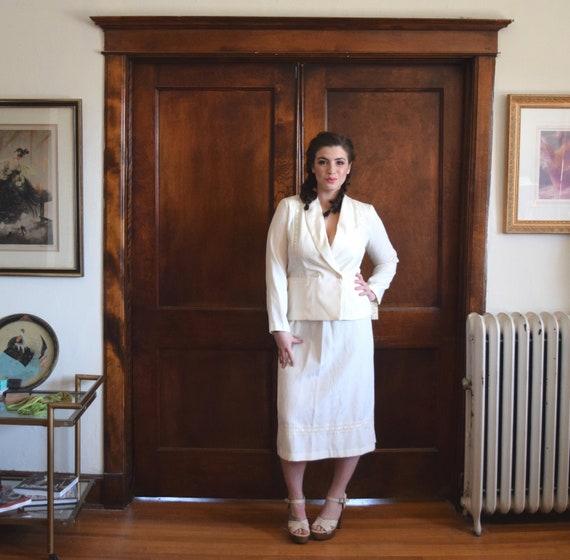 Ivory Wedding Suit   Lace Wedding Dress   Hippie W