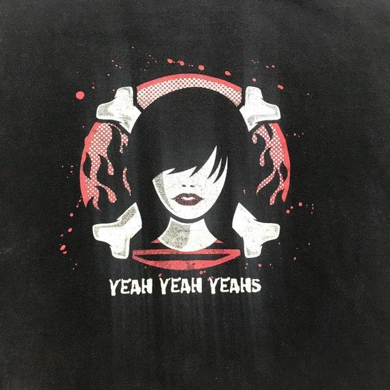 Vintage Yeah Yeah Yeahs tee shirt, garage rock, ye