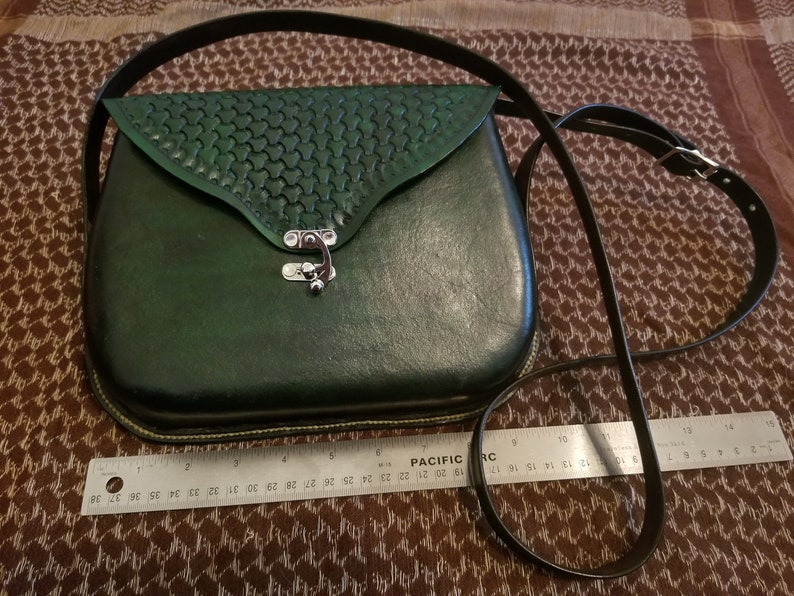 Green molded leather and stamped purse image 0