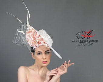 b05bfb7702cf1 White designer hat for racing with flowers