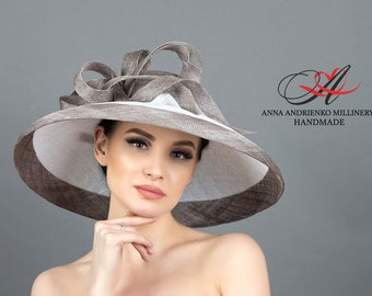 Gray and white wide-brimmed hat for horse racing Royal wedding hat Woman hat Royal ascot hat Derby hat Wide brim hat Kate Middleton hat