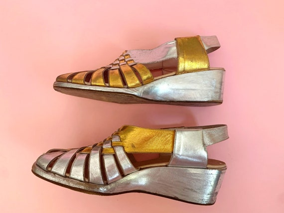 1940's Gold & Silver Sandals - Vintage 40's Two T… - image 7