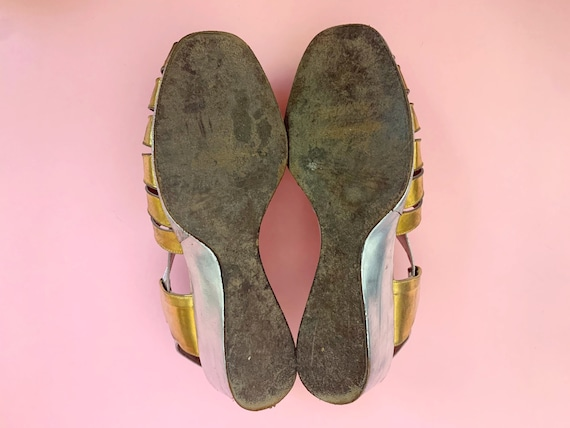 1940's Gold & Silver Sandals - Vintage 40's Two T… - image 10