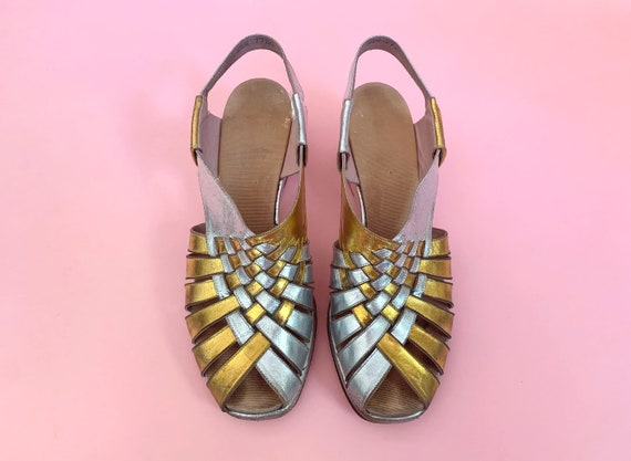 1940's Gold & Silver Sandals - Vintage 40's Two T… - image 4