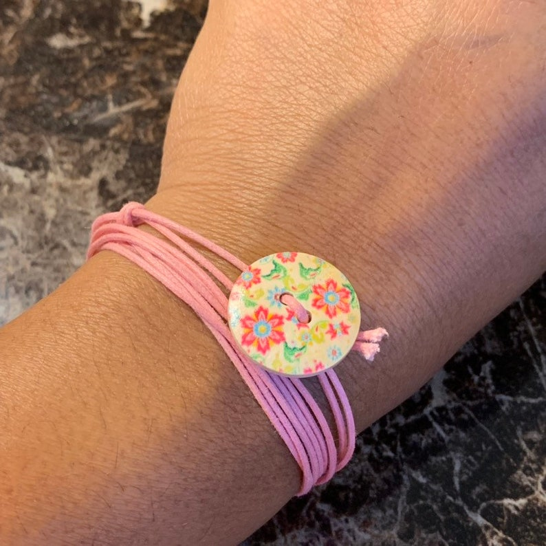 Handmade Wrapping Friendship Bracelet Floral Wood Button on Pink Cord