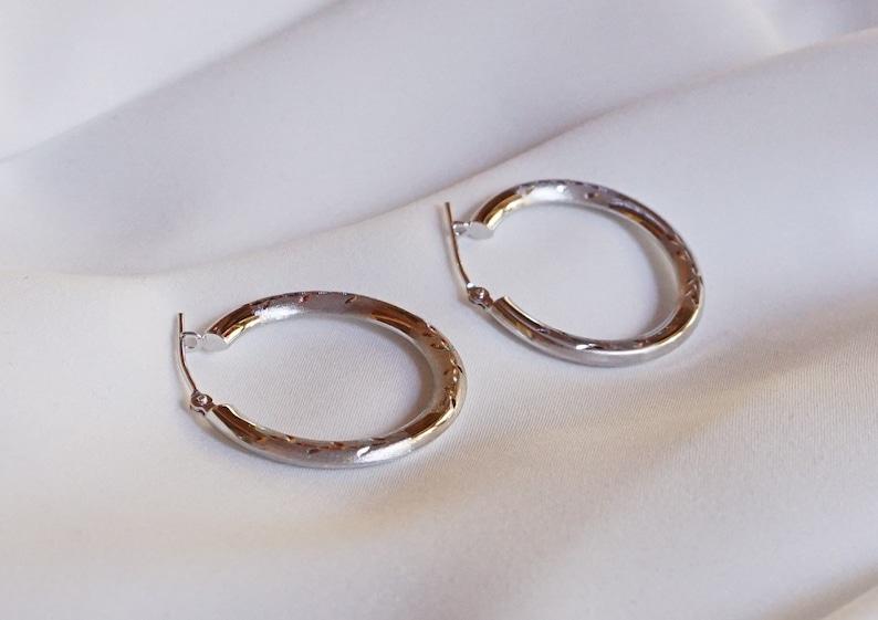 14K White Gold Earrings 1.8G