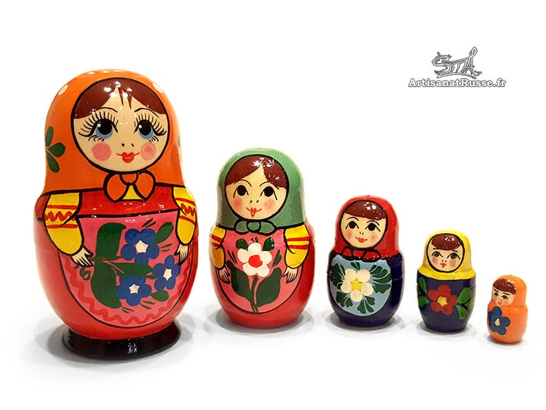 Matryoshka doll Russian dolls nesting Vintage 5 pieces. Orange image 0