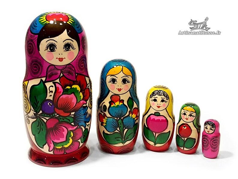 Nesting dolls. Russian doll. Nesting dolls. Russian doll. 5 image 0