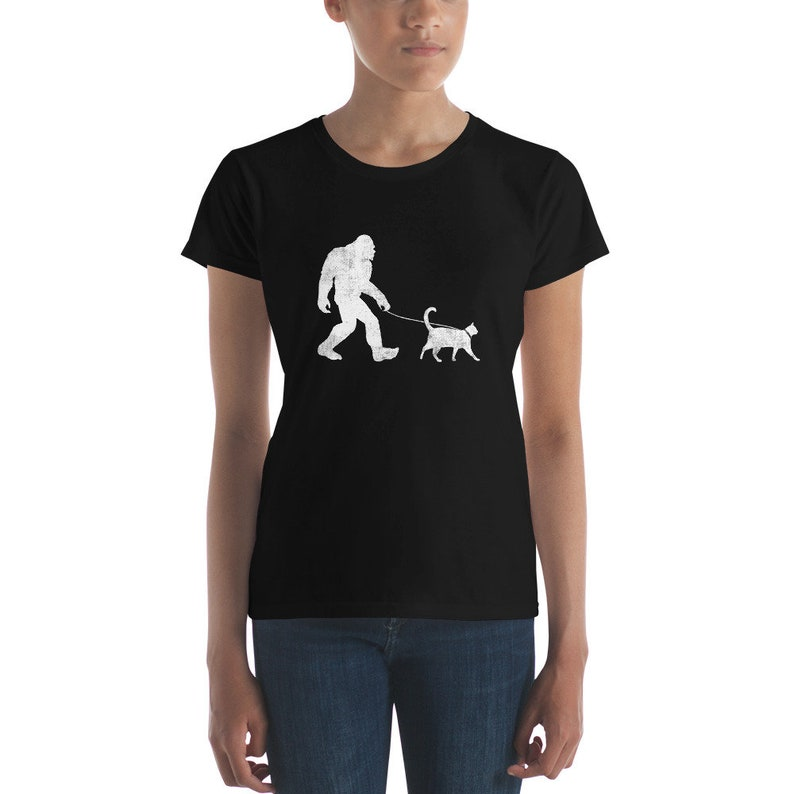 8588539c1 Funny Bigfoot Walking Cat T-Shirt Sasquatch Yeti Cat | Etsy