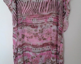 Stunning pink cover up with gold colour thread - plus size