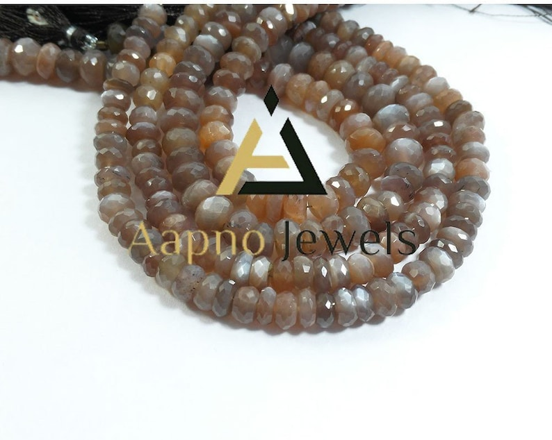 Moonstone beads and faceted mother-of-pearl drops Large diamond gold-plated creoles