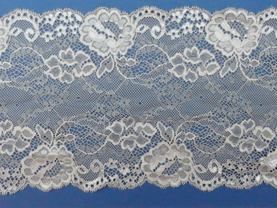 """5 METRES Pretty Green Stretch Scalloped Lace Trim 1.25/""""//3cm TOP SELLER Trimming"""