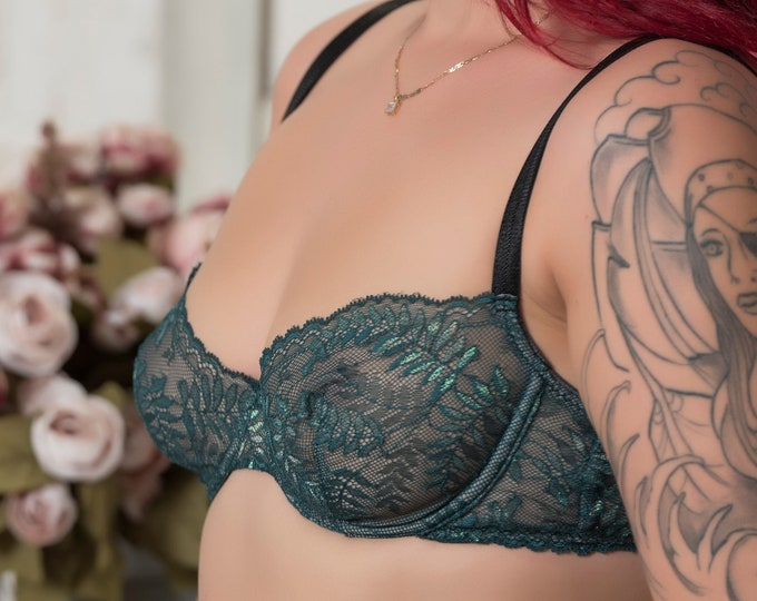Fern: Bra bra made entirely of calais lace