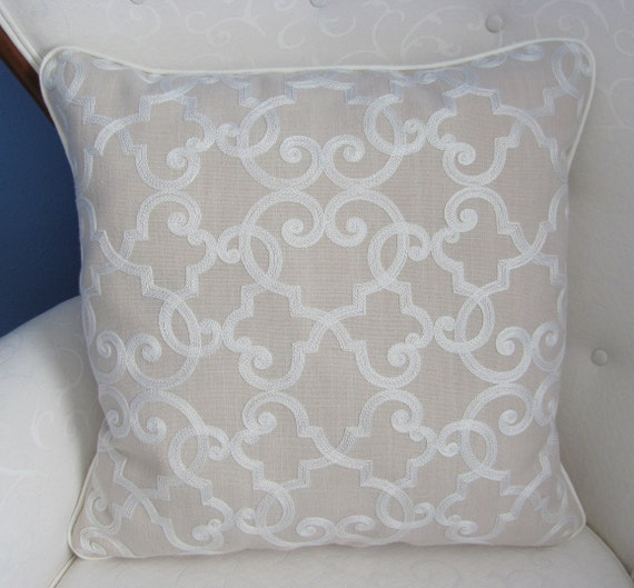 Raymond Waites 19.5 LinenCotton Pillow
