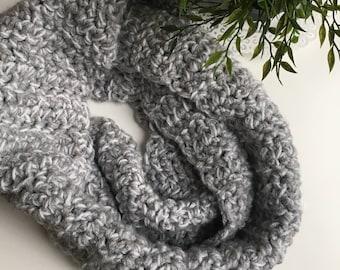 HAYLEY Chunky Crochet Infinity Scarf