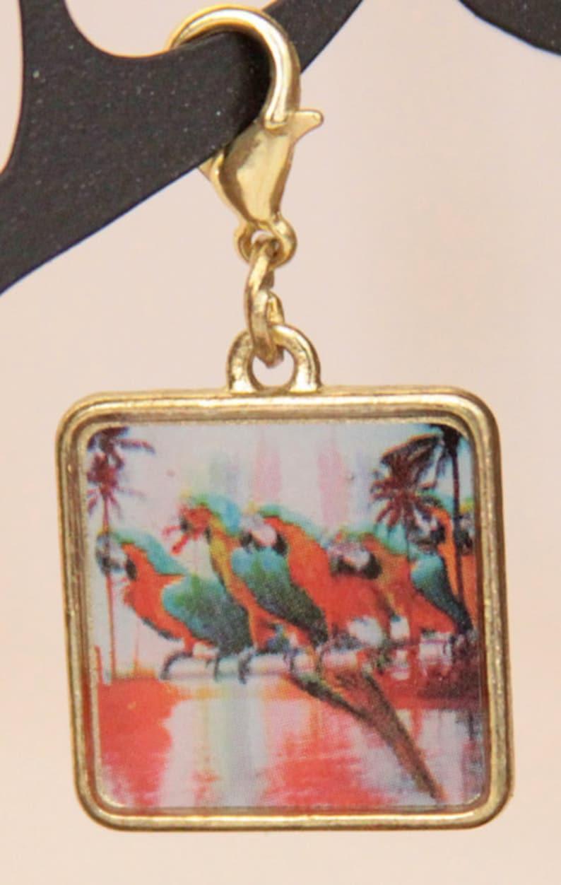 Tropical Macaws Progress Keeper image 0