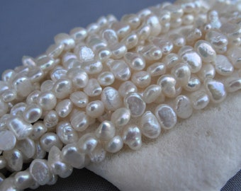 UK Seller Beads Craft Supplies approx 54 pearls Freshwater Rice Pearl Beads 5-6mm Mixed Candy Colours 14 Strand FPSB3010 Pearls