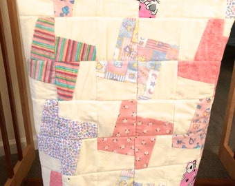 Baby Quilt Pretty in Pink, Baby Girl quilt, Flannel, 36 x 36 inches, Pink & White Tessellation