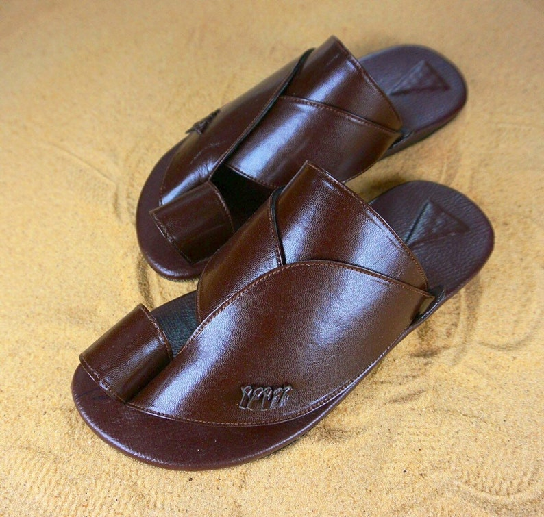 e60dc130c5b34 Men's vegan leather sandals ~ SandCruisers ~Traditional Arabian sandals ~  Great for outdoors, beaches, pools, and parks!
