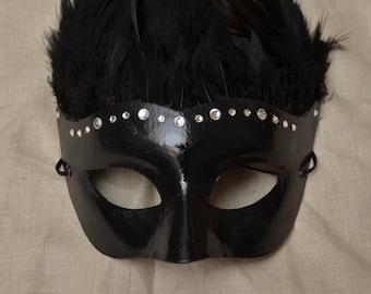 Black Feathered Mask