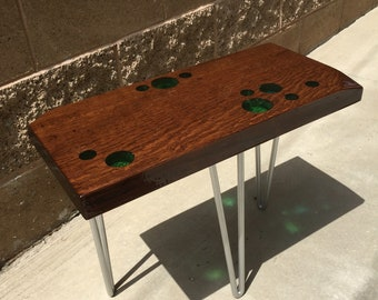 3 legs end table