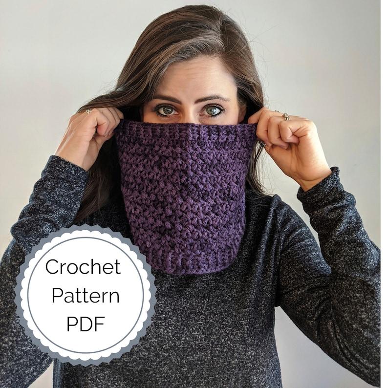 One Skein DK Weight Crochet Cowl Pattern PDF  one skein cowl image 0