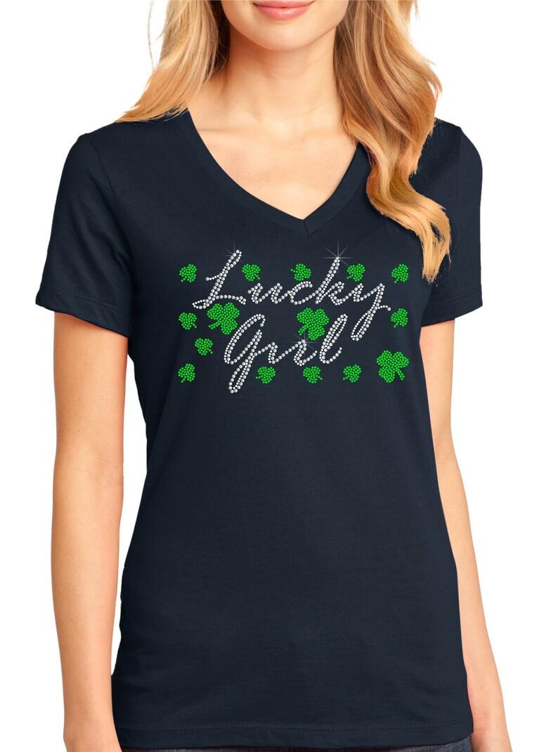 Lucky Girl Women/'s Perfect Weight V-Neck Tee ndk1542